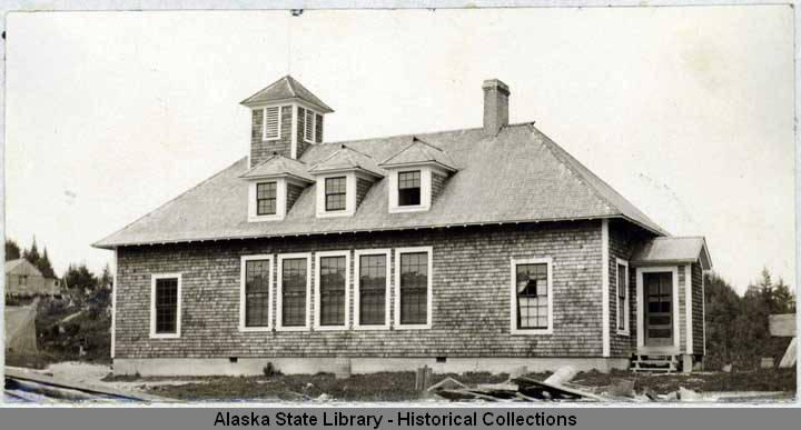 Seldovia_Alaska_old_Territorial_School_prior_to_1934
