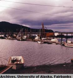 Seldovia_waterfront